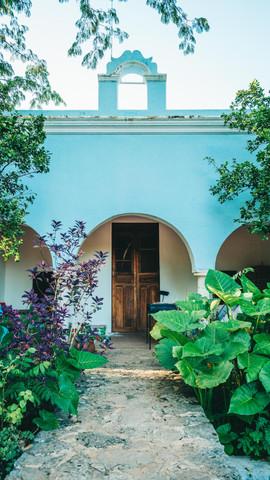 Exterior Hacienda 3.jpg