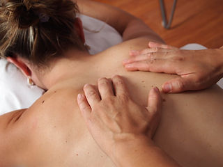 physiotherapy-567021_1920.jpg