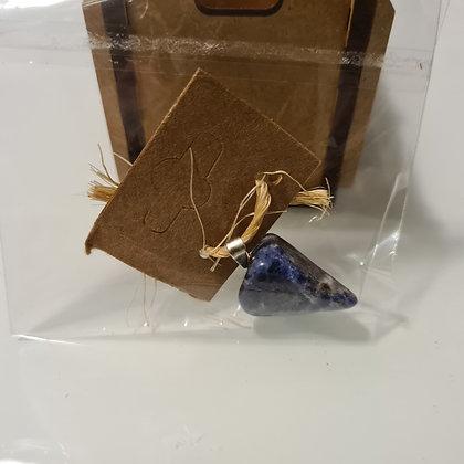 Pingente Triangular de Sodalita (5g)