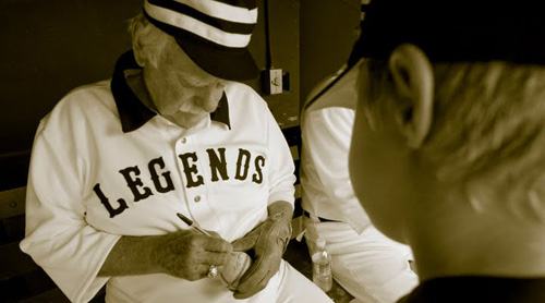 gaylord perry autograph_edited.jpg