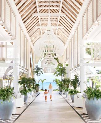 2 Hotel Mauritius_Entrance.jpg