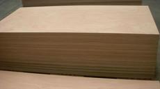 Le contreplaqué Okoumé disponible en épaisseur de 3.6 mm!