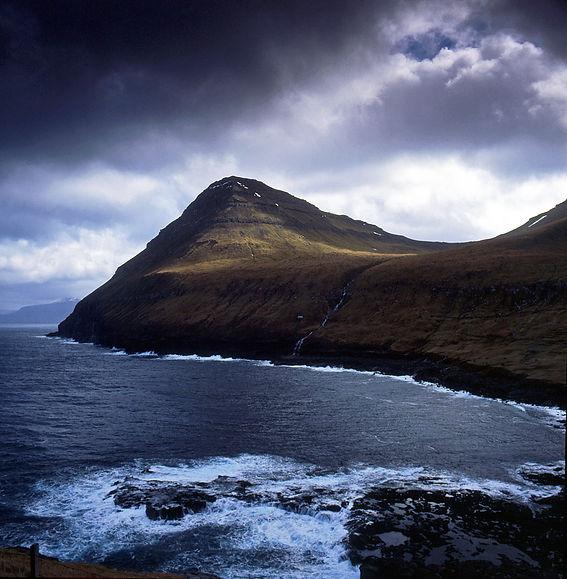 Eysturoy, Faroe Islands 84-04-21.jpg