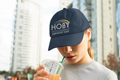 dad-hat-mockup-of-a-woman-with-a-beverag