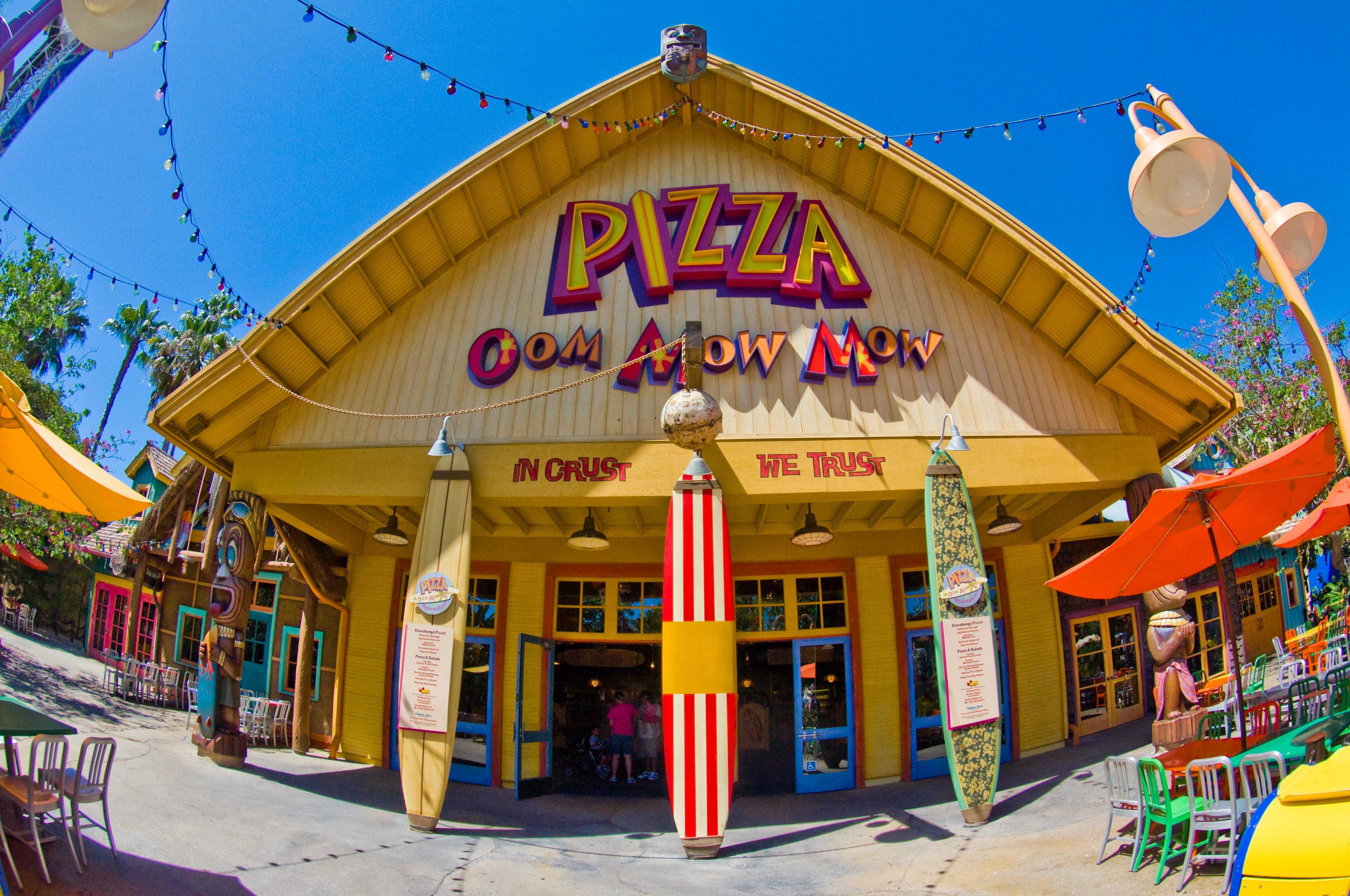 Pizza Cafe, Disneyland Resort