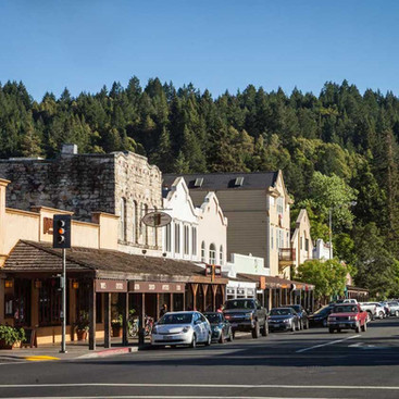 Shopping Downtown Calistoga