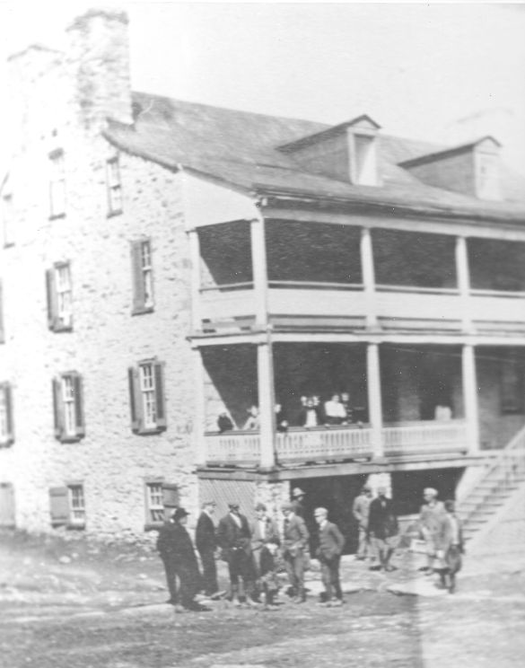Beveridge Inn (Red Fox Inn)