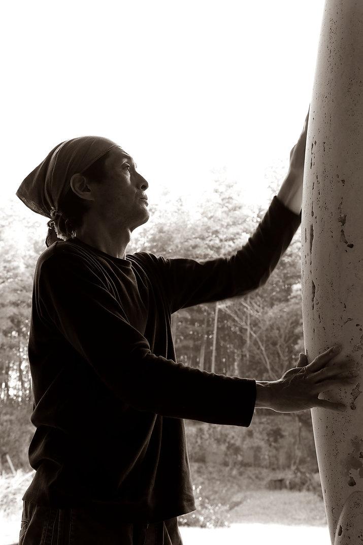 彫刻家野島泉里公式HP Sculptor Senri Nojima Official HP 石彫 ブロンズ彫刻 ブロンズ肖像彫刻 モニュメント Pulchri Studio Member 崇城大学芸術学部非常勤講師 ホテルアレグリアガーデンズイン天草モニュメント North Oakland Senior Center 雲仙岳災害記念碑