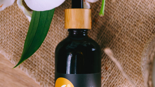 Organic Cold-Pressed Sea Buckthorn Carrier Oil