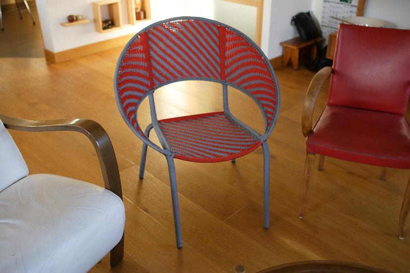 Grande chaise Gris et Rouge