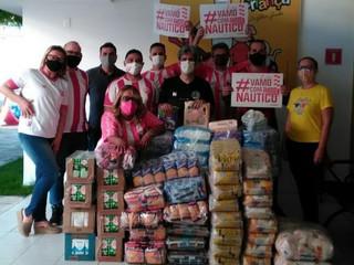 Campanha de Natal da Timbujampa doa 1,8 tonelada de alimentos