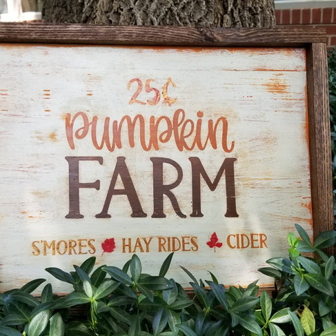 pumpkinfarmsign