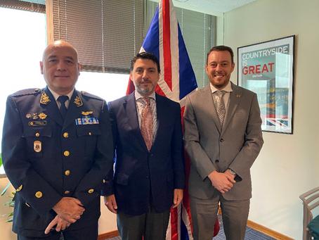Agencias Espaciales del Perú y Reino Unido firman acuerdo de cooperación