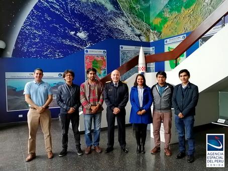 Estudiantes peruanos se capacitan en tecnología espacial e ingeniería de satélites