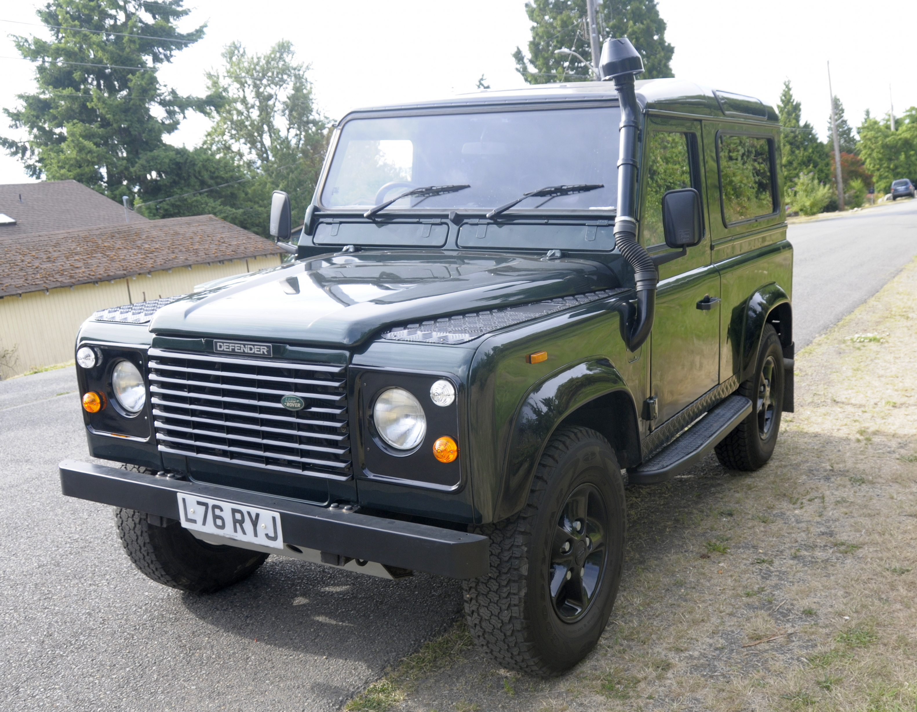 Dark Green 1994 Defender 90 (3)