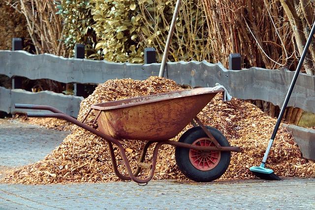 Odpadlo listje je dober izolator