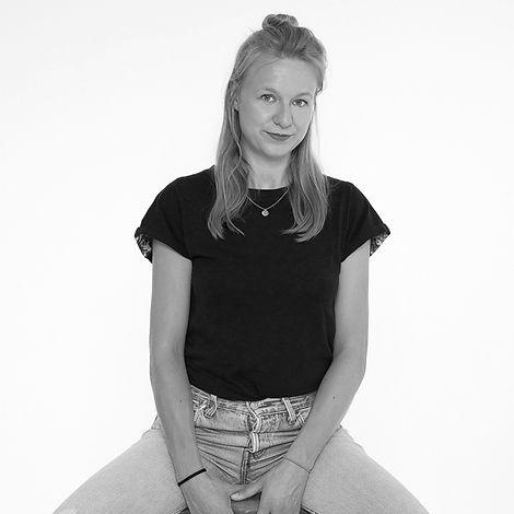 Jennifer Tenner _ börd shört _ Schöllhorn & Tenner GbR