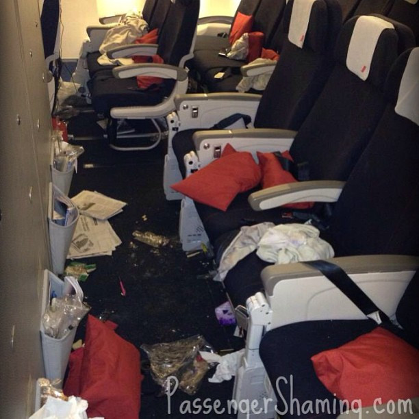 Passenger Shaming, airplane left a complete mess by passengers