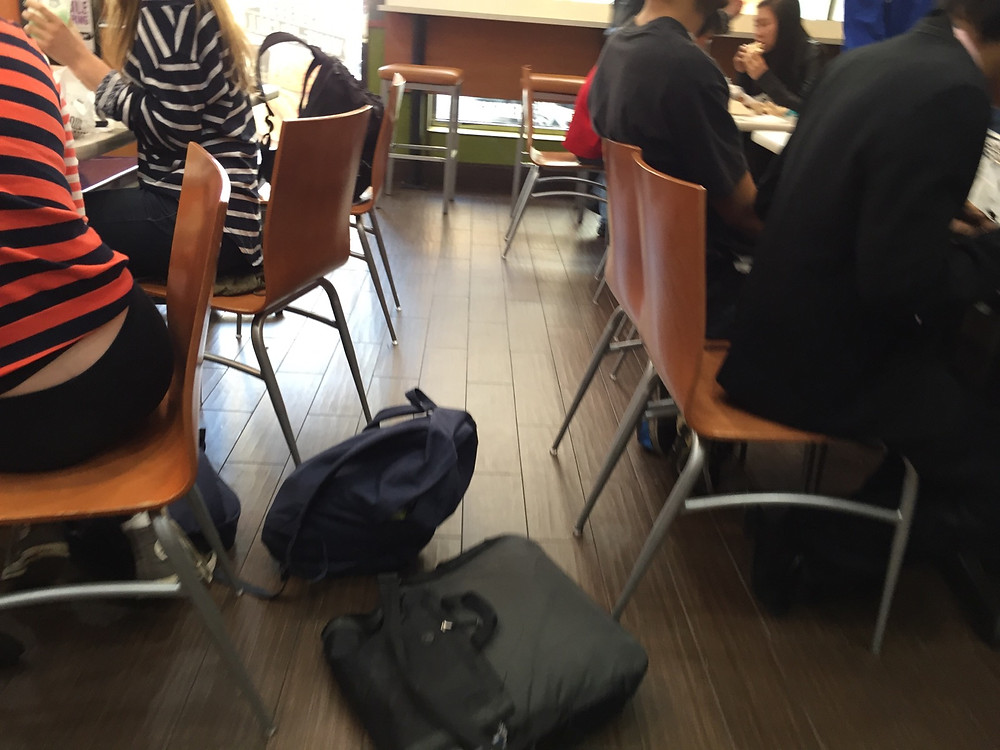 Students bagpreading on the floor in Taco Bell, forces man to step over them #8
