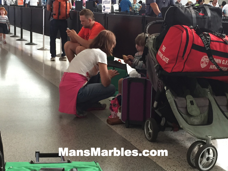 Passenger Shaming: Family camping out in walkway #3