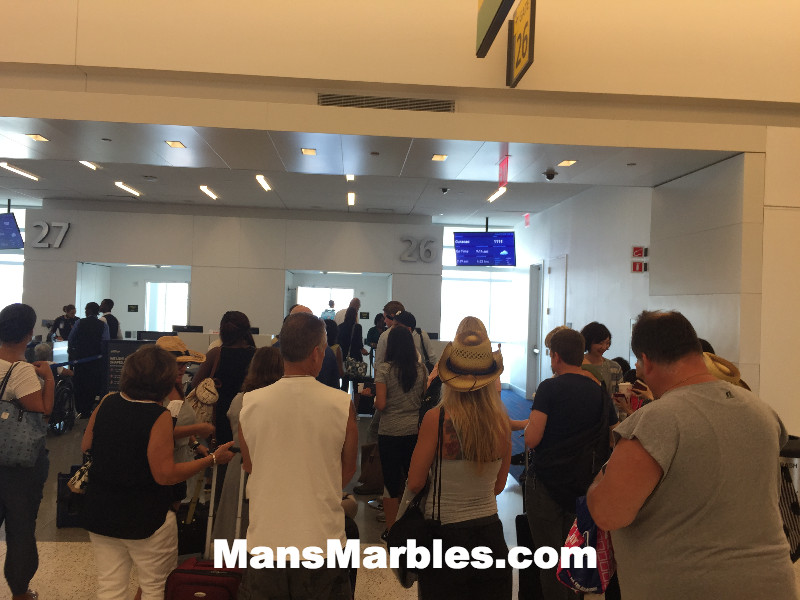 Passenger Shaming: Crowd gathering whie waiting to board flight before row is called #3