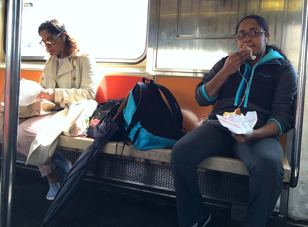 2 girls womanspreading across 4 seats while eating food on the train #1