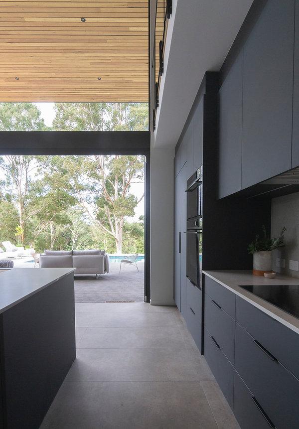 ssd studio_Elemental House_Kitchen view_Sophie Solomon Photographer.JPG