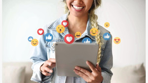A GUIDE FOR SMALL BUSINESSES TO THRIVE IN 2021 THROUGH SOCIAL MEDIA