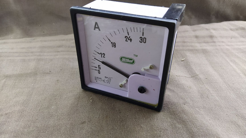 STANDARD AMPERE METER 0-30 A SCALE 30/5