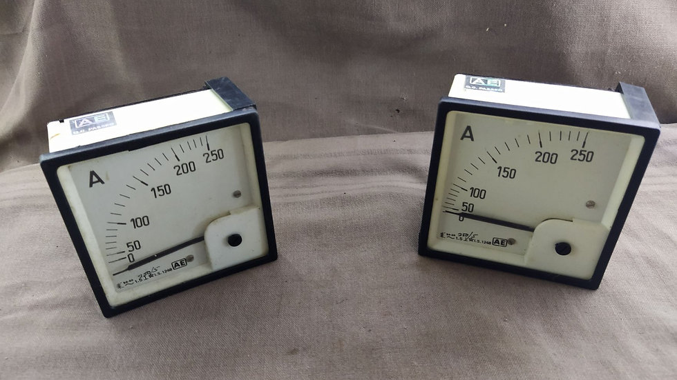 AE 0-250 A AMPERE METER 250/5