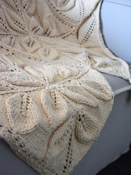 Natural Maxcolor Leafy Afghan