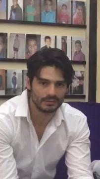 Ramón Varela auditioning for the role of Diego.  Ramón Varela haciendo casting para el papel de Diego.