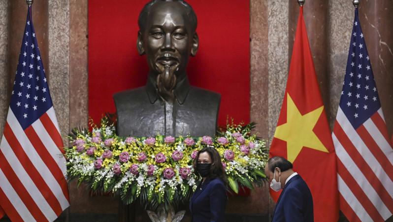 Thách thức Trung Quốc, Mỹ nâng cấp quan hệ lên đối tác chiến lược và đẩy mạnh viện trợ cho Việt Nam