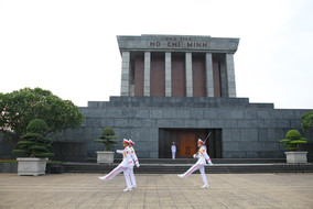 Ho Chi Minn changing of the guard, Hanoi