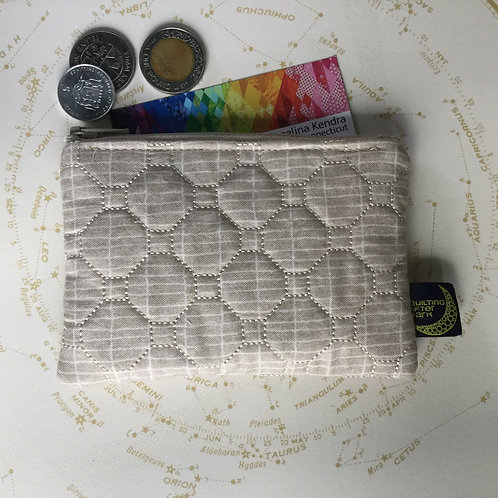 Card pouch - taupe grid