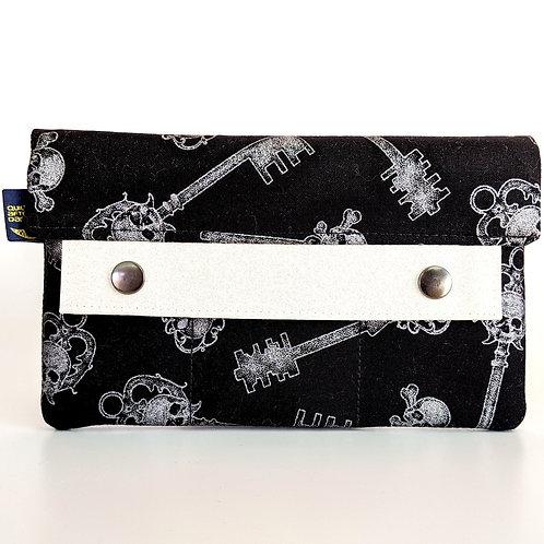 Silver Keys minimalist wallet