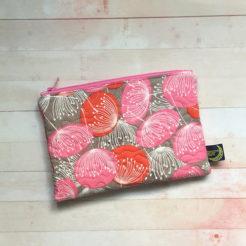 Zip pouch - pink floral