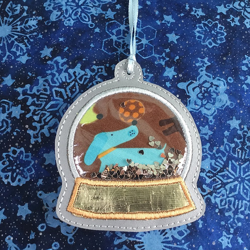 Snow Globe ornament - Dachshund