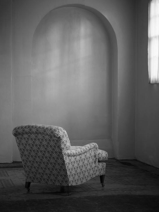 Harley_armchair_3.jpg