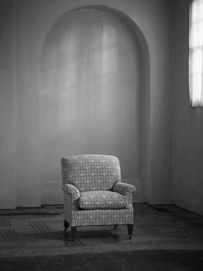 Egerton_armchair_1.jpg