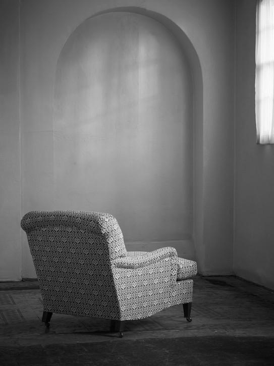 Ivor_armchair_3.jpg