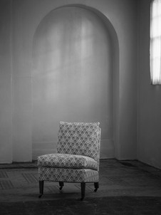 Square_marlborough_chair_1.jpg