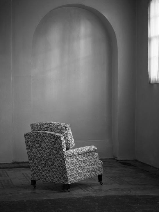 Clayton_armchair_2.jpg