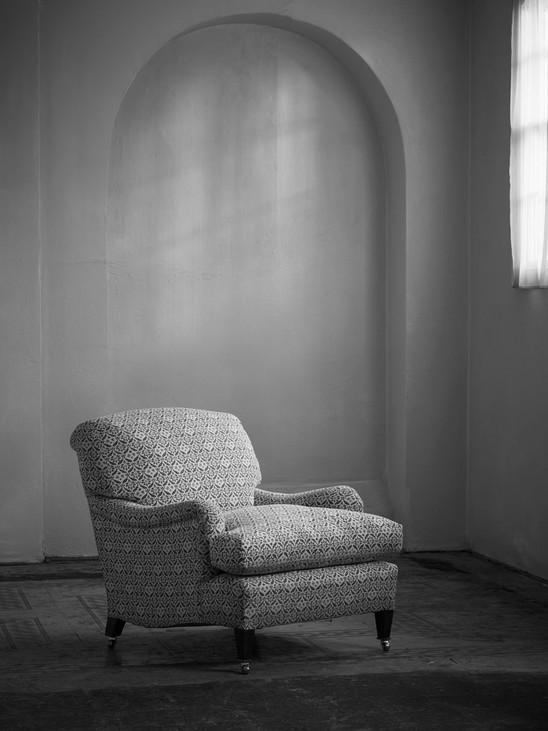 Small_ivor_armchair_1.jpg