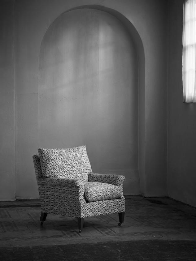 Ingleby_armchair_loose_back_1.jpg