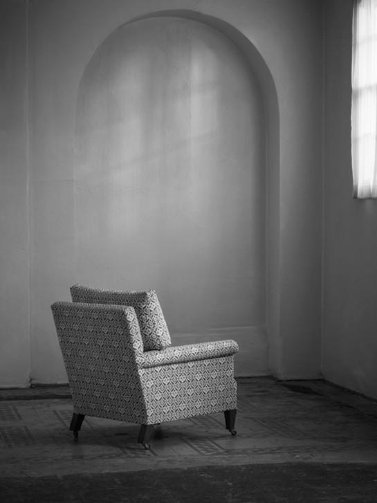 Ingleby_armchair_loose_back_2.jpg