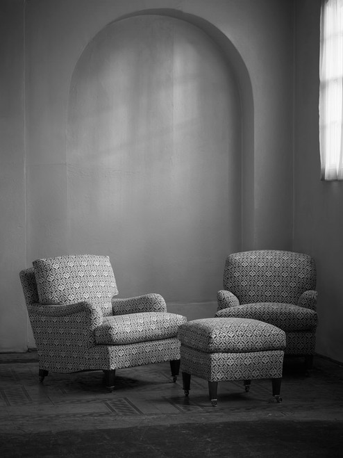 Deep_seated_bridgewater_armchair_fixed_b