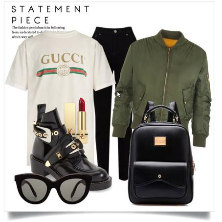 Gucci Logo-print T-shirt!