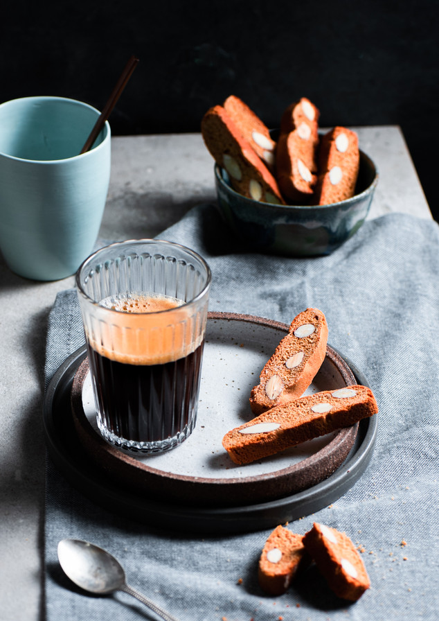 Almond_Mostazolli_–_Almond_Gingerbread_1