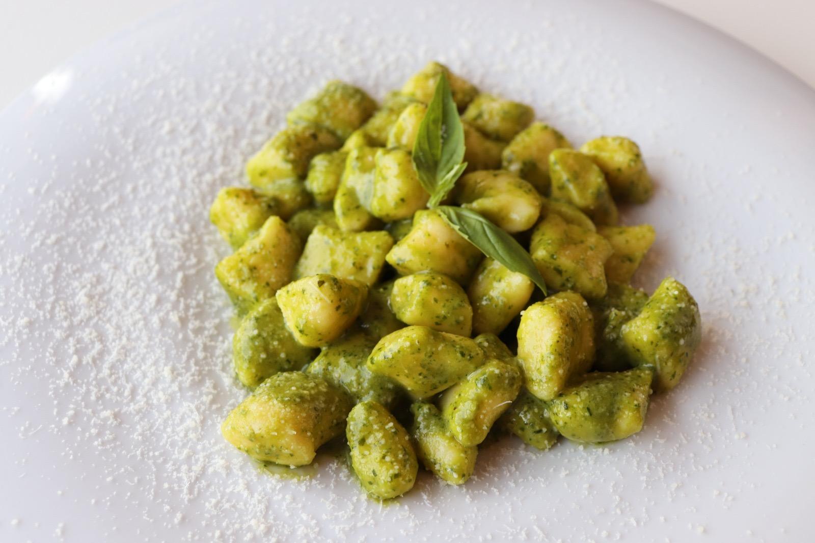 Gnocchi di patate con pesto